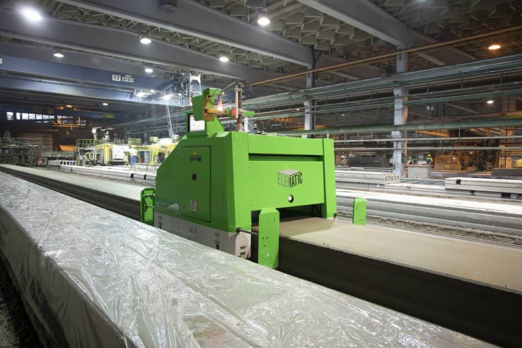 Elematic Plotter E9 on a hollowcore bed
