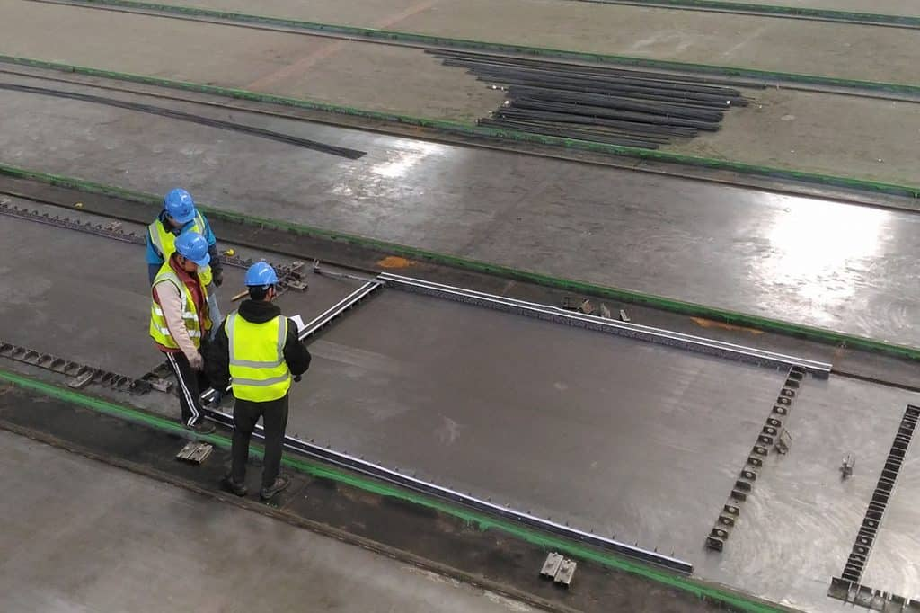 Elematic Bed E9 for half slab production