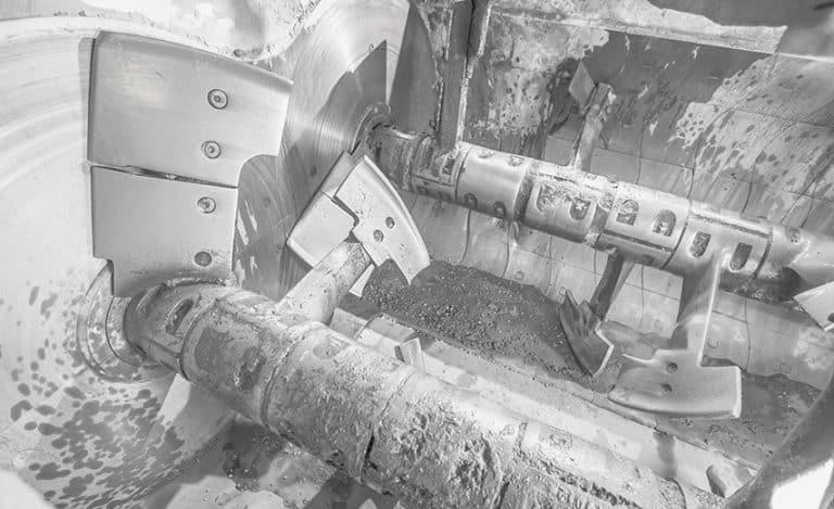 Twin-shaft mixer, concrete mixing
