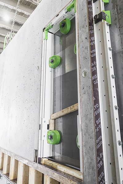 Elematic FaMe magnet shuttering system in use in a battery mold at Kouvolan betoni, Finland.