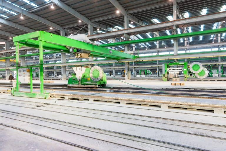 Elematic Extruder producing hollow core slabs